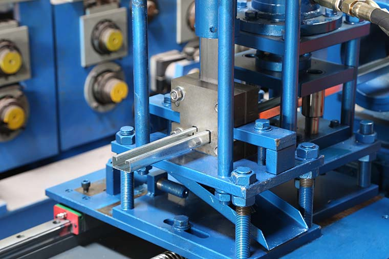 Stud and Track Roll Forming Machine Post Cutter