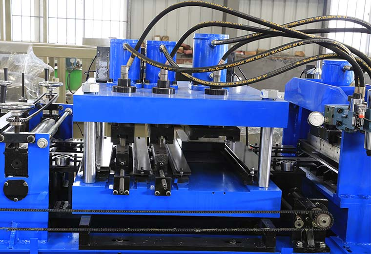 Automatic C Purlin Roll Forming Machine